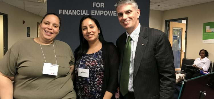 BPDA Director Brian Golden visits the Roxbury Center for Financial Empowerment!